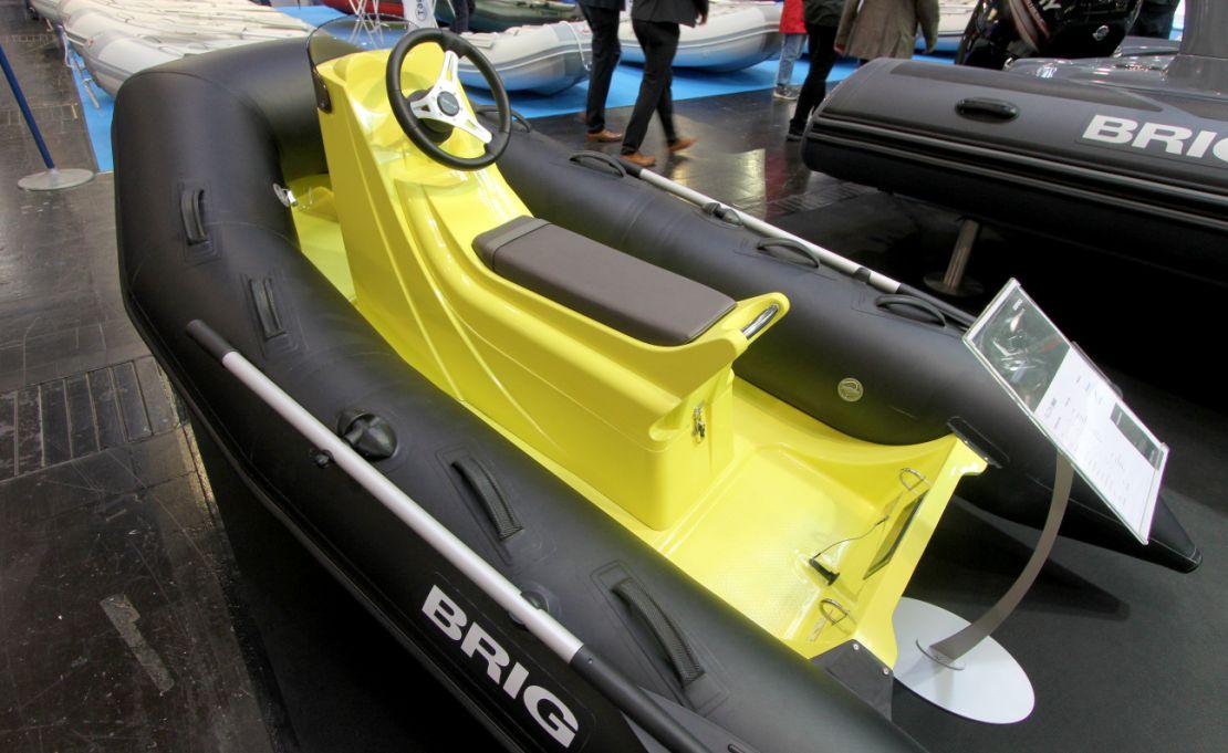 BRIG Falcon 300 Sport